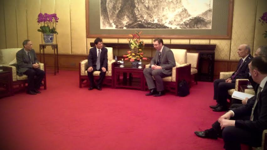 Vučić u Pekingu: intenzivni razgovori sa privrednicima Kine