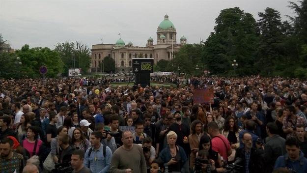 """Protest u Beogradu:""""Kako smo sistematski uništavani od kompletnih idiota"""""""