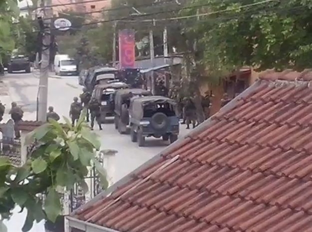 KUMANOVO: DVE NAORUŽANE GRUPE ALBANACA BLOKIRALE GRAD